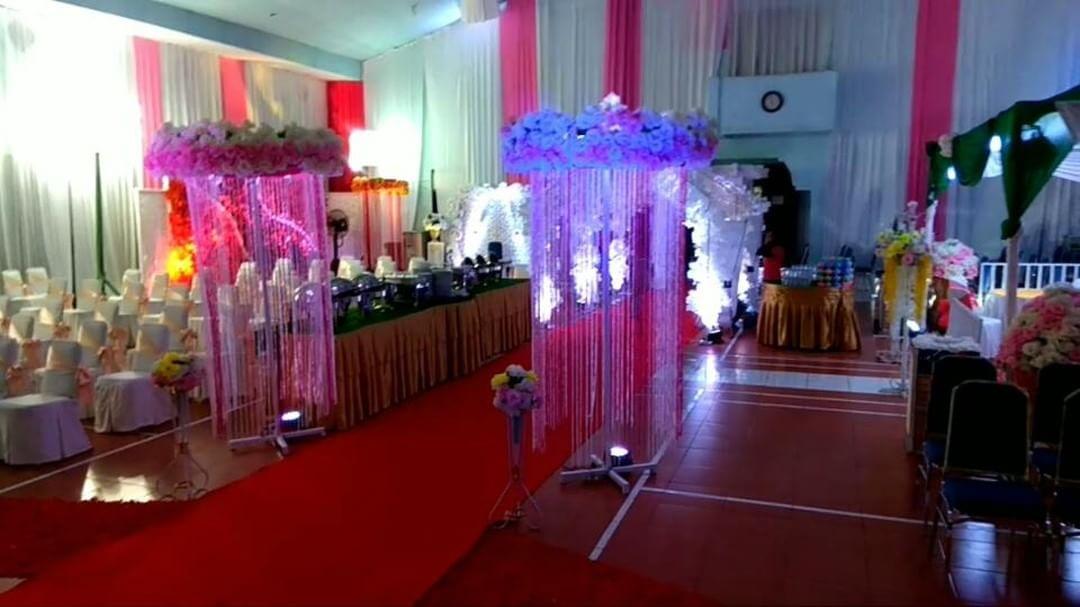 Романтическое украшение помещения