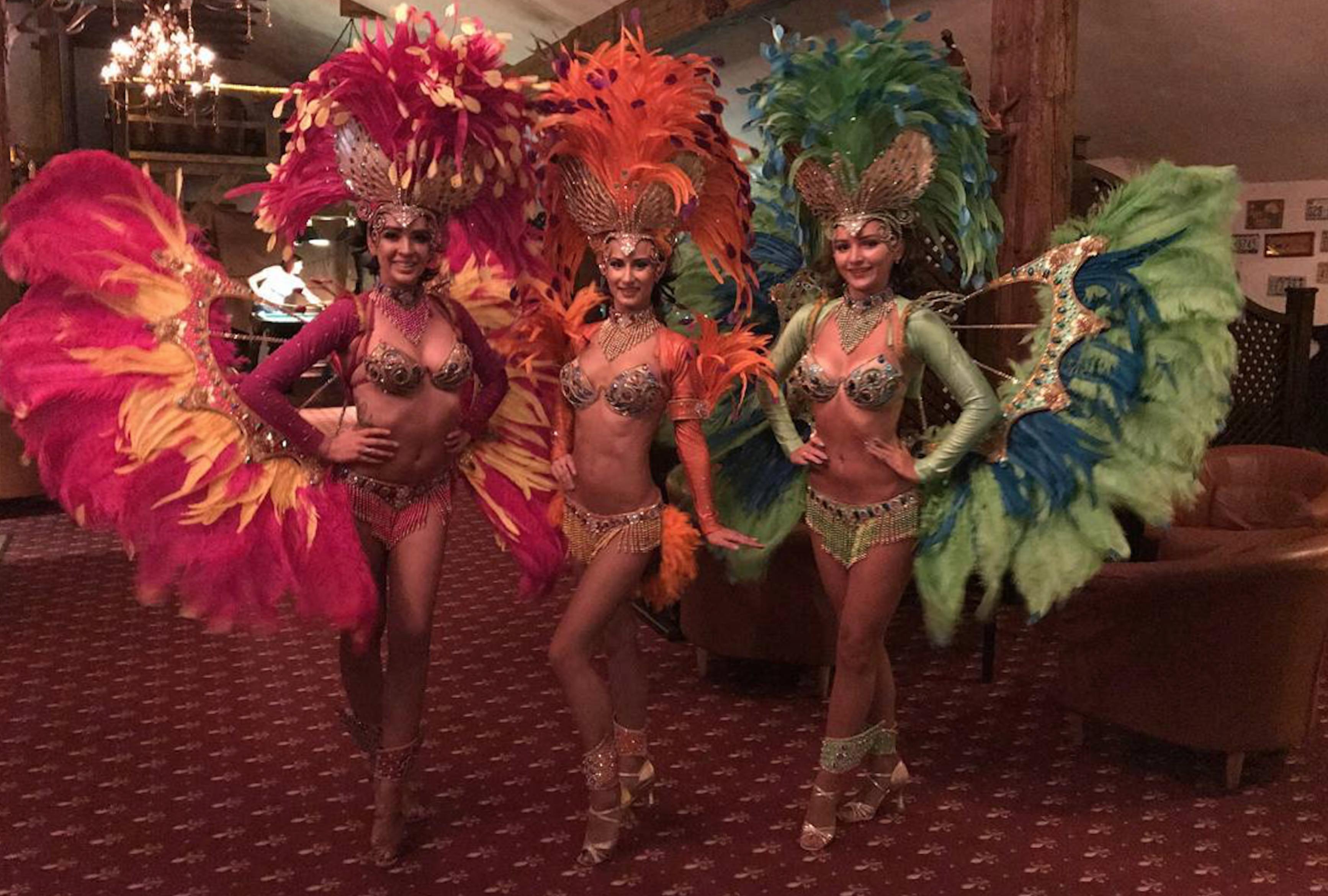 Шоу латиноамериканских танцев
