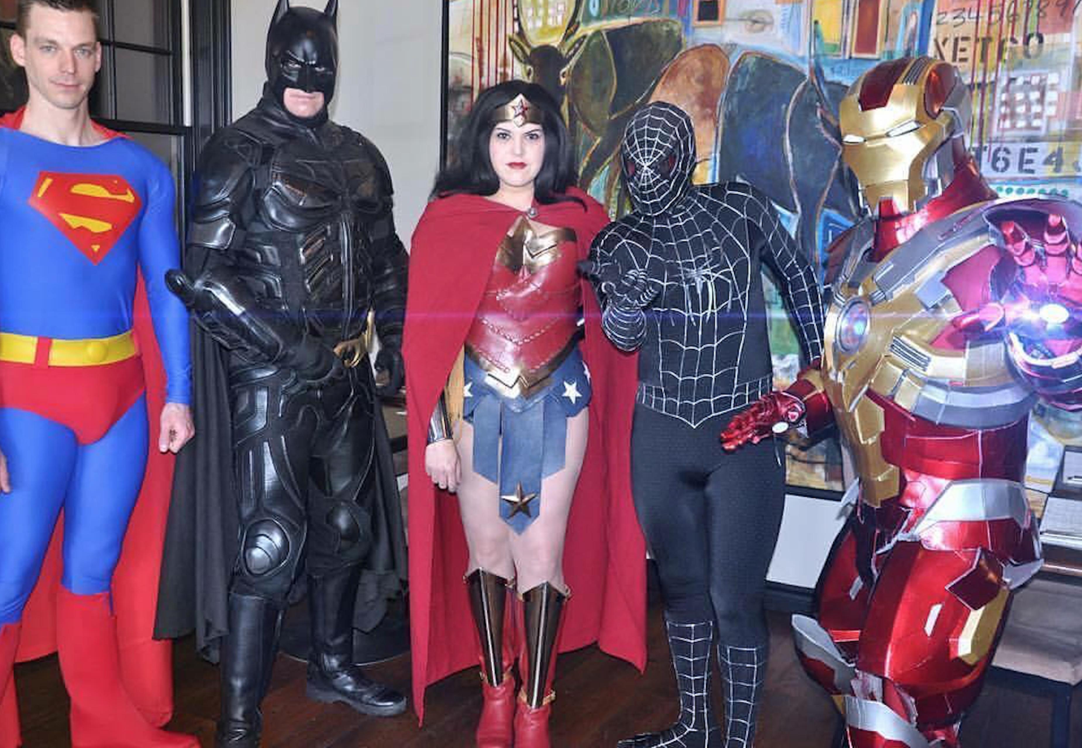Супер-герои и герои мультфильмов и сказок
