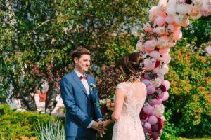10 актуальных идей для оформления свадьбы шарами Праздники